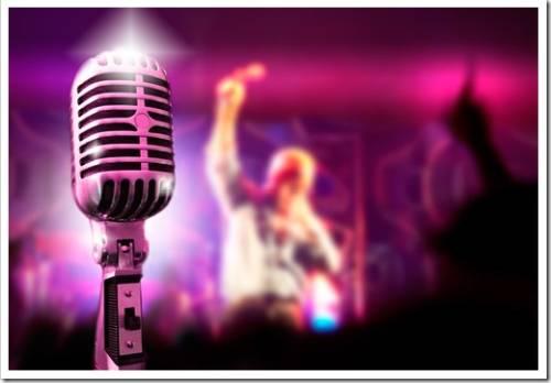 Как правильно петь в караоке?