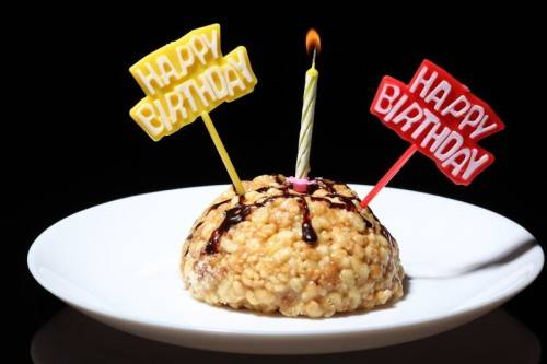 Как оригинально поздравить на день рождения