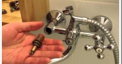 Как отремонтировать текущий кран в ванной