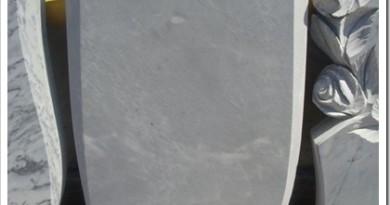 Памятники на могилу из мрамора — характеристики и как ухаживать