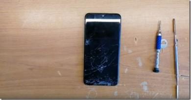 Как заменить дисплей на Samsung Galaxy A10