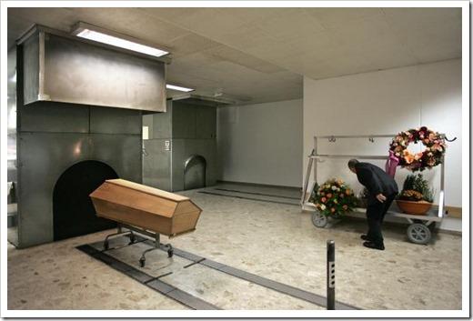 Что будет, если прах не забрать из крематория?