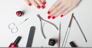 Какие расходники и инструменты нужны для ногтевого сервиса