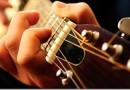 Топ 10 популярных песен на гитаре